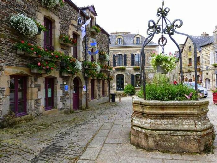 cidades mais bonitas da frança Rochefort-en-terre