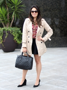 look-trench-coat