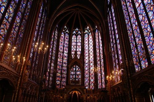 notre-dame-interior-paris-f10361